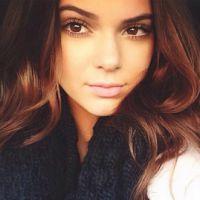 Kendall Jenner faz aniversário de 21 anos. Comemore vendo os melhores ensaios da modelo!