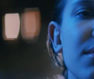 """O clipe de """"Find Me"""" conta com Millie Bobby Brown, de """"Stranger Things"""""""