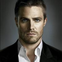 """Em """"Arrow"""": na 5ª temporada, Oliver com novo amor? Stephen Amell fala sobre possibilidade!"""