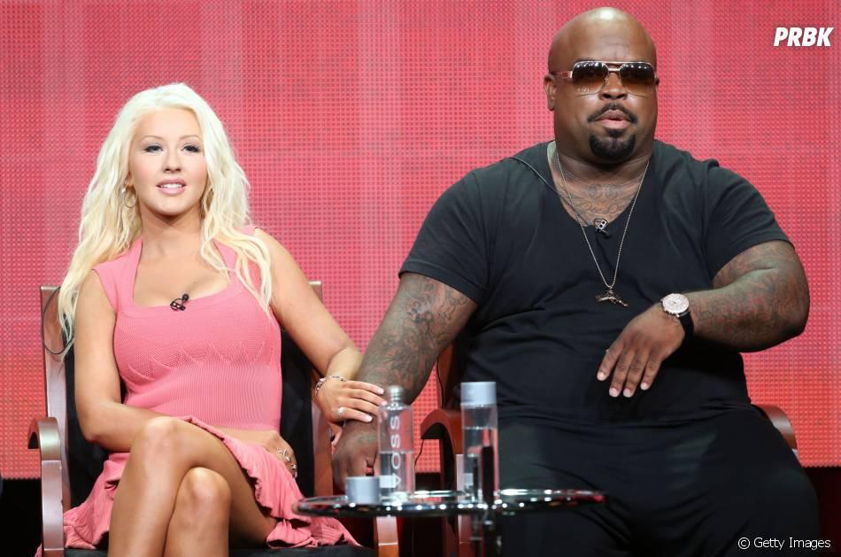 "Shakira e Usher substituíram Christina Aguilera e Cee Lo Green na bancada do ""The Voice US"""