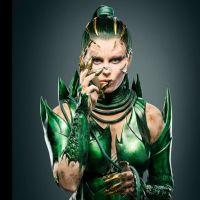 "Filme ""Power Rangers"": Rita Repulsa (Elizabeth Banks) aparece em foto inédita! Confira"