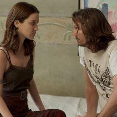 """Novela """"Rock Story"""": Júlia (Nathalia Dill) e Gui quase são flagrados na cama por Diana!"""