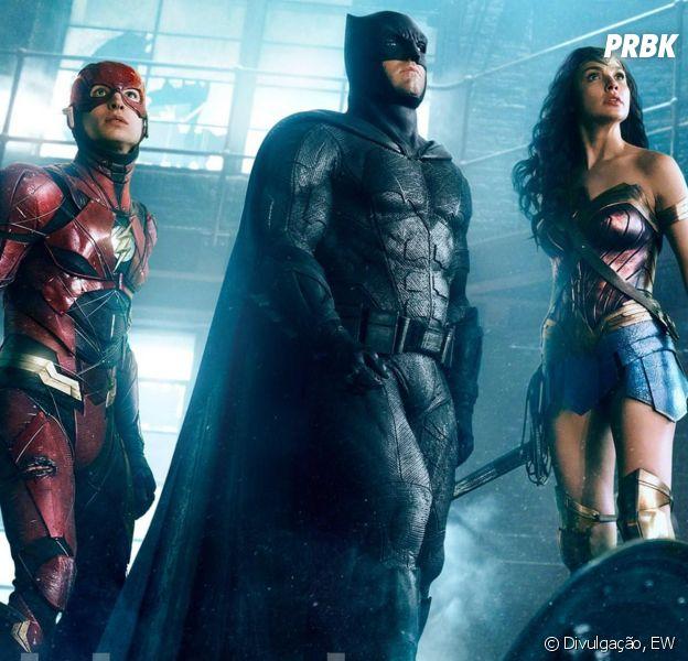 """De """"Liga da Justiça"""": Batman (Ben Affleck), Mulher-Maravilha (Gal Gadot) e Flash (Ezra Miller) aparecem juntos em nova imagem!"""