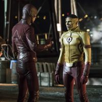 "Em ""The Flash"": na 3ª temporada, Barry (Grant Gustin) e Kid Flash discutem em novo trailer!"