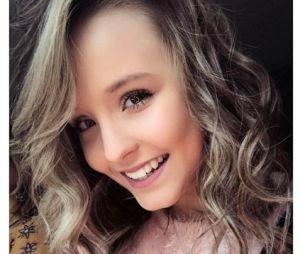 Larissa Manoela comemora novo canal no YouTube e hashtag alcança topo dos Trending Topics!