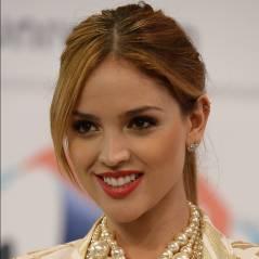 A fila anda! Eleita de Liam Hemsworth, ex de Miley Cyrus, é atriz e cantora mexicana