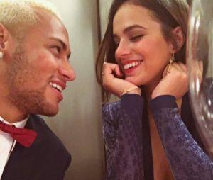 Neymar ganha presente de Bruna Marquezine e agradece no Instagram!
