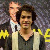 Bate papo com Sam Alves: saiba curiosidades contadas pelo próprio cantor