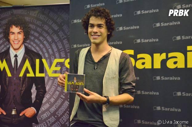 O cantor Sam Alves mata curiosidades de seus fãs com o Purebreak