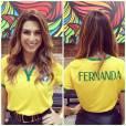 A atriz e apresentadora Fernanda Paes Leme vestiu a camisa da Seleção Brasileira para torcer para Neymar e companhia