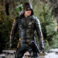 """Em """"Arrow"""": na 5ª temporada, Oliver (Stephen Amell) tem grande segredo revelado!"""