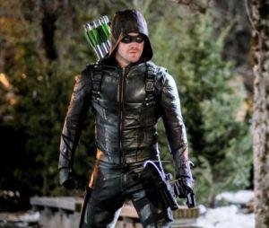 """Em """"Arrow"""", Oliver (Stephen Amell) revela segredos na 5ª temporada!"""