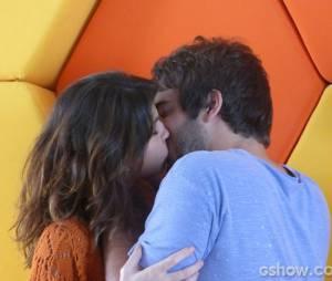 """Humberto Carrão e Chandelly Braz estão juntos há dois anos, desde que fizeram par romântico na novela """"Cheias de Charme"""", da Globo"""