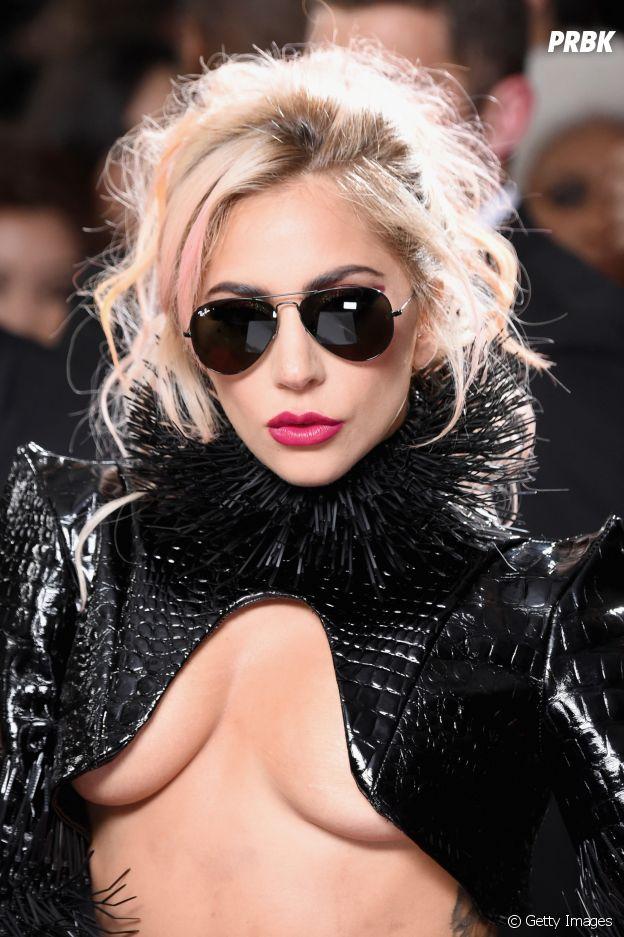 Lady Gaga na verdade se chama Stefani Joanne