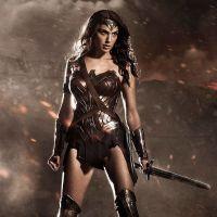 """De """"Mulher-Maravilha"""": heroína passa por problemas no novo trailer liberado! Assista!"""