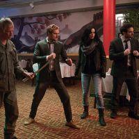 """De """"Os Defensores"""": Netflix divulga novas fotos dos heróis da Marvel e deixa fãs da série curiosos!"""