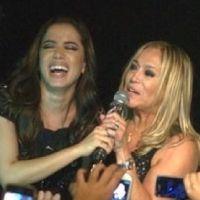 "Anitta canta ""Beijinho no Ombro"" a pedido de Susana Vieira"