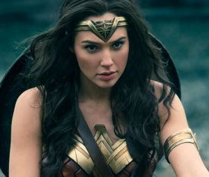 """Em """"Mulher-Maravilha"""", Gal Gadot se destaca na pele da heroína e DC Comics entrega seu melhor filme"""