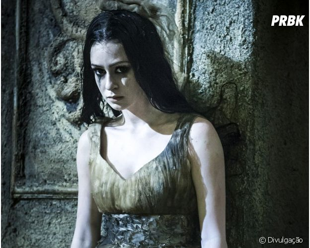 "Marina Ruy Barbosa deu show interpretando Malvina em ""Amorteamo"""