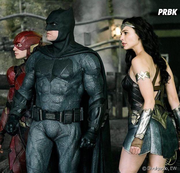 """Em """"Liga da Justiça"""": Mulher-Maravilha, Batman e Flash aparecem em nova  imagem oficial! - Purebreak"""