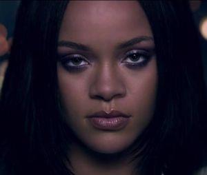 "Rihanna e Kendrick Lamar estreiam clipe sensual de ""Loyalty"""