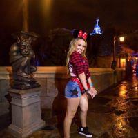 Larissa Manoela posta vídeo dançando na Disney o novo single de Ivete Sangalo!