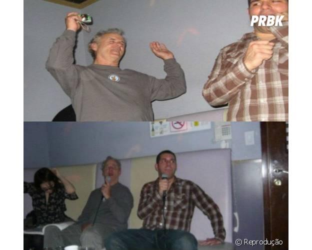 Bill Murray canta em karaokê com desconhecidos