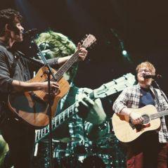 "Ed Sheeran e Shawn Mendes fazem dueto de ""Mercy"" durante show!"