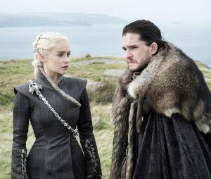 """De """"Game of Thrones"""": paixão entre Jon Snow (Kit Harington) e Daenerys (Emilia Clarke) fica mais evidente!"""