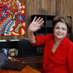 """Campanha da Presidente Dilma lança """"Whatsapp"""" para se aproximar eleitores"""