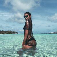 """Bruna Marquezine sensualiza de biquíni no Instagram e deixa fãs babando: """"Perfeita"""""""