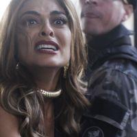 """Novela """"A Força do Querer"""": Jeiza atira em Rubinho e Bibi se desespera"""