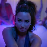 """Demi Lovato: """"Sorry Not Sorry"""" é o single mais bem-sucedido da cantora na Billboard!"""