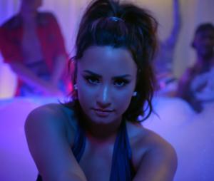 "Demi Lovato alcança #8 na Billboard Hot 100 com ""Sorry Not Sorry"""