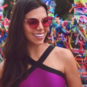 Youtuber Evelyn Regly atinge 3 milhões de inscritos e comemora com festão!