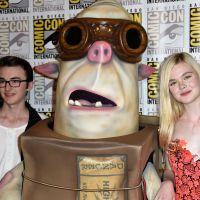 """Elle Fanning e ator de """"Game of Thrones"""" dublam animação em stop-motion"""