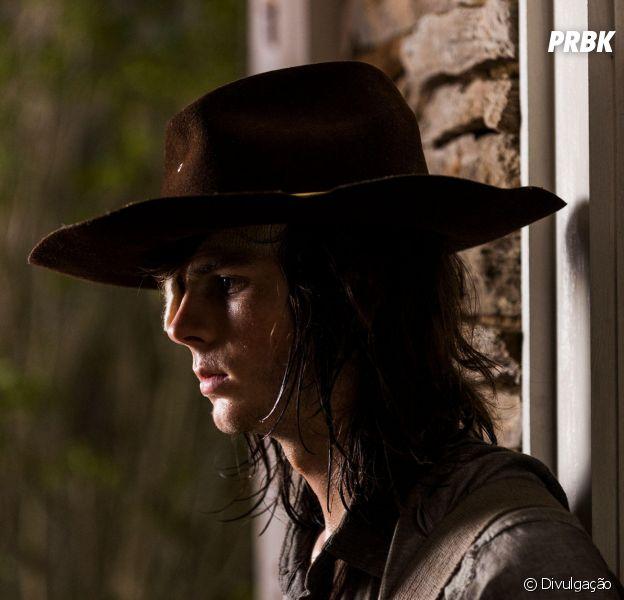 """Em """"The Walking Dead"""", na 8ª temporada: Carl (Chandler Riggs) morreu porque ator foi demitido!"""
