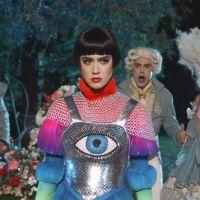 """Katy Perry lança clipe de """"Hey Hey Hey"""" e diverte os fãs com viagem no tempo!"""