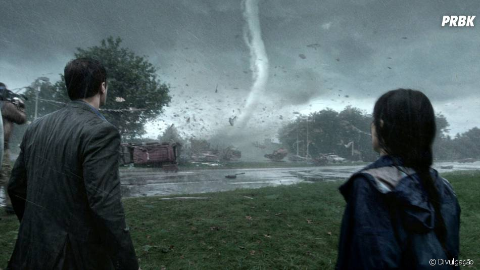 """""""No Olho do Tornado"""" retrata a destruição causada pelo fenômeno natural em uma cidade"""