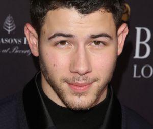 Nick Jonas conta sobre encontro que teve com Selena Gomez