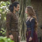 """Novela """"Deus Salve o Rei"""": Amália nega casar com Afonso após não se acostumar à vida de princesa!"""
