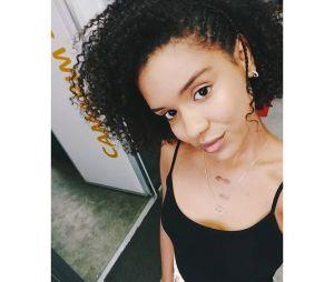 """De """"Malhação"""", Heslaine Vieira resgistrou o momento nos estúdios de gravação"""