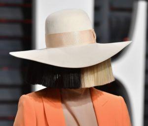 Apesar de ser uma ótima artista, Sia foi indicada oito vezes e nunca levou um Grammy