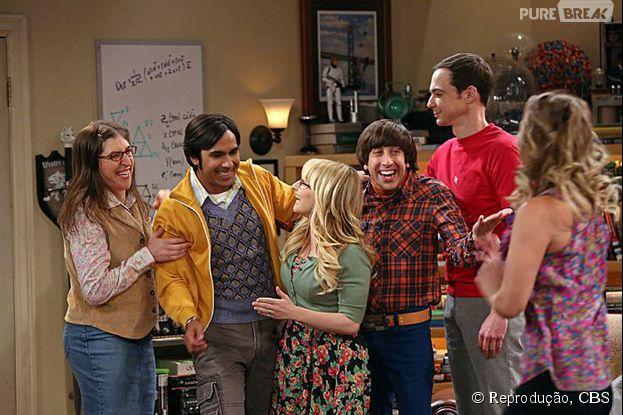"""Os personagens de """"The Big Bang Theory"""" celebram boas novas, no fim da sétima temporada"""