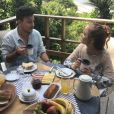 Pedro Thomé elogia Giovanna Chaves após gravar clipe com a atriz