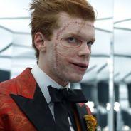 """Em """"Gotham"""": na 4ª temporada, Coringa tem visual revelado em nova foto do set!"""