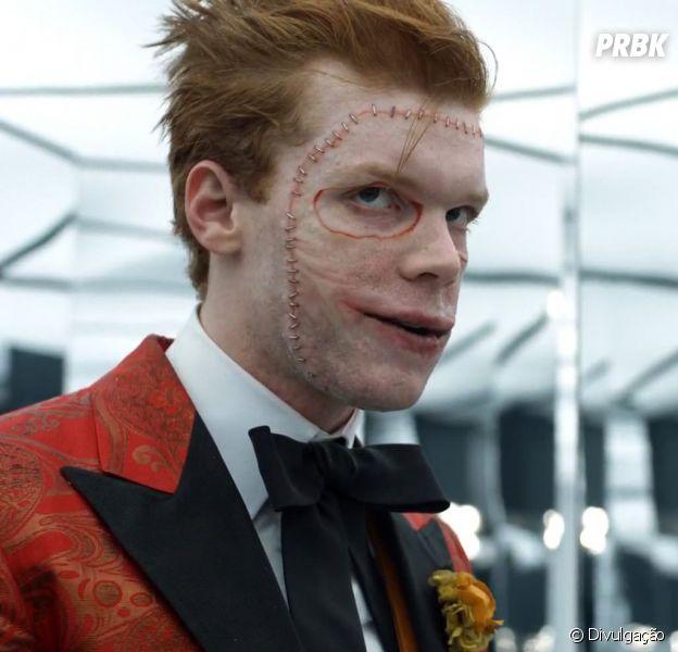 """Em """"Gotham"""", Coringa tem visual revelado em foto dos bastidores"""