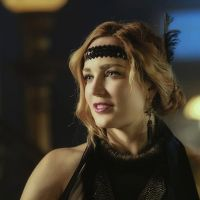 """Em """"Arrow"""": na 6ª temporada, Sara Lance (Caity Lotz) reaparece na série!"""