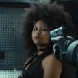 """Novo trailer de """"Deadpool 2"""" traz cenas inéditas da Dominó (Zazie Beetz)"""