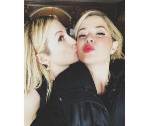 """De """"Pretty Little Liars: The Perfectionists"""": além de Sofia Carson, Kelly Rutherford, de """"Gossip Girl"""", é outra novidade no elenco"""